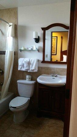 Hotel Brandwood : Hotel Room Bathroom