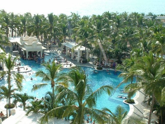 Hotel Riu Vallarta: Pool in Paradise!!