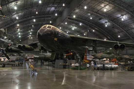 b 52 picture of national museum of the u s air force dayton tripadvisor. Black Bedroom Furniture Sets. Home Design Ideas