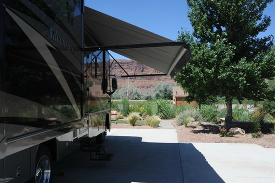 Portal RV Resort / Campground : A great view…very Moab.