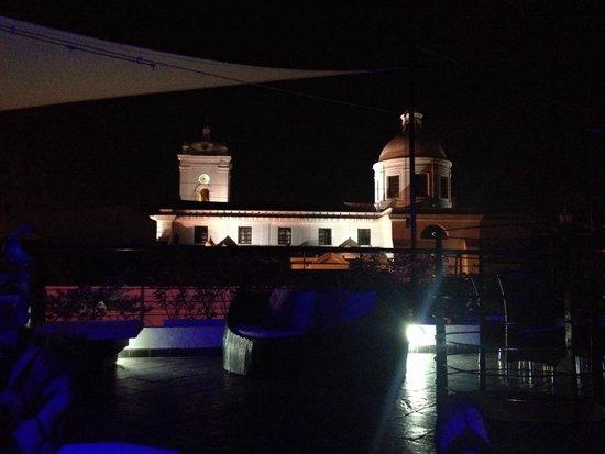 Casa de Leda - a Kali Hotel : View at night of veranda