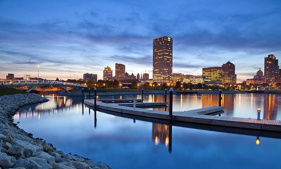 Last Minute Hotels in Milwaukee