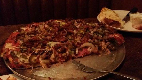 Deluca's : After - Pizza 1, Dan 0
