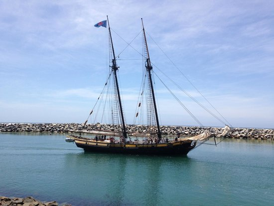 Dana Point, CA: Tall ship from the Ocean Institute