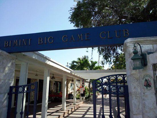 Bimini Big Game Resort and Marina: Entranse to Big game from street