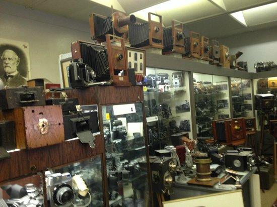 Camera Heritage Museum : Civil War panorama camera bottom left black