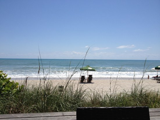 Crowne Plaza Melbourne Oceanfront: The Beach view from the patio.