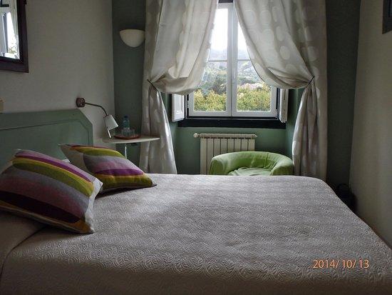 Hotel Nova Sintra : Our double room