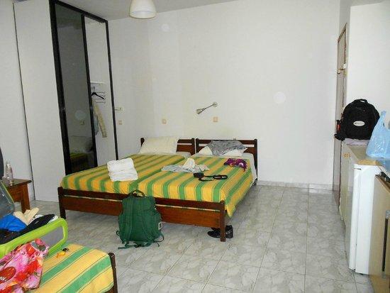 Lefka Hotel & Apartments : Nuestra habitación en el ala antigua