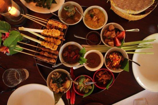 Bumbu Bali Cooking School: Bumbu feast