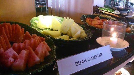 Inna Sindhu Beach: Part of Breakfast selections