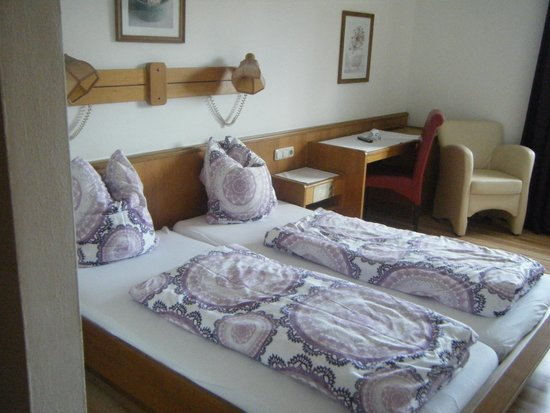 Hotel Hafnerwirt: Our room