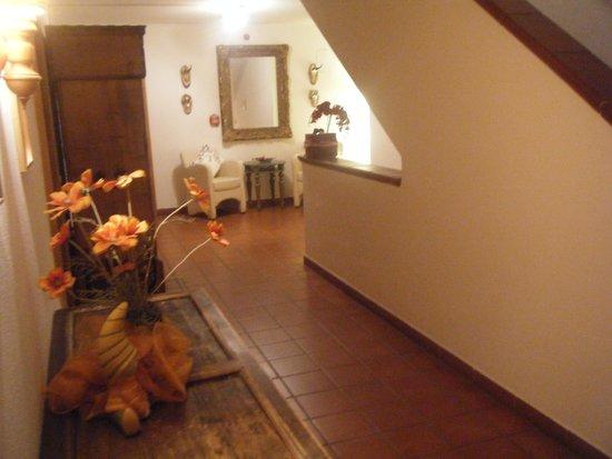 Hotel Hafnerwirt: Stairway