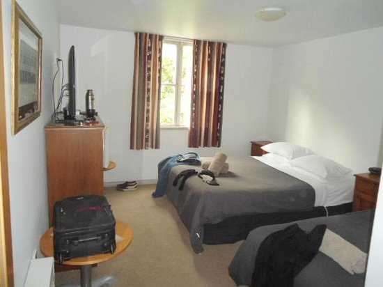 New Orleans Hotel: room