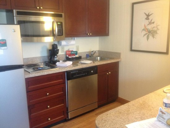 Homewood Suites by Hilton Raleigh Crabtree Valley: Full Kitchen