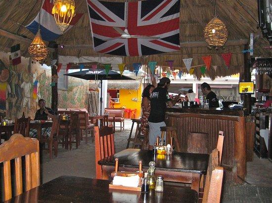 Viva Zapata : Bar area