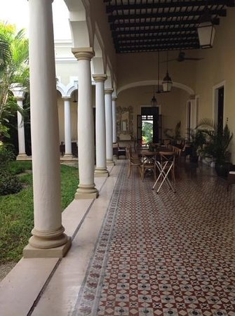 Hotel Villa Verde Merida: as you enter