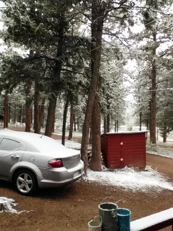 Sunshine Mountain Lodge: We even got snow in September