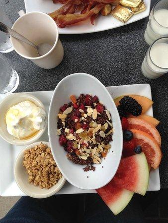 Kramerbooks & Afterwords Cafe: My super yummy breakfast