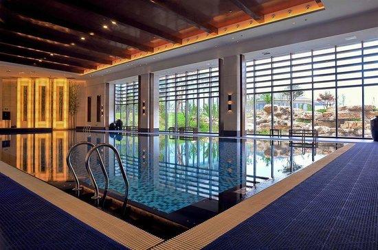 Worldhotel Grand Dushulake Suzhou: Spacious swimming pool