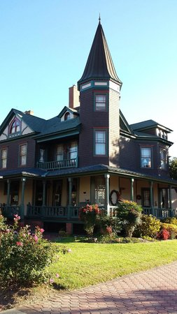 John S. McDaniel House: John S McDaniel House