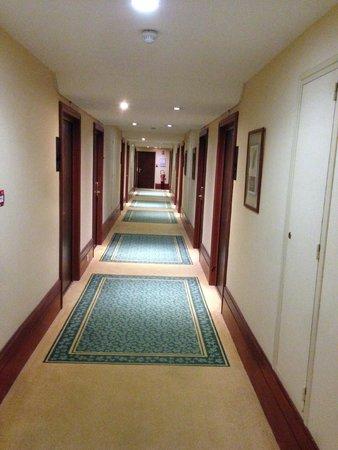 Mercure Lille Metropole Hotel: Couloir