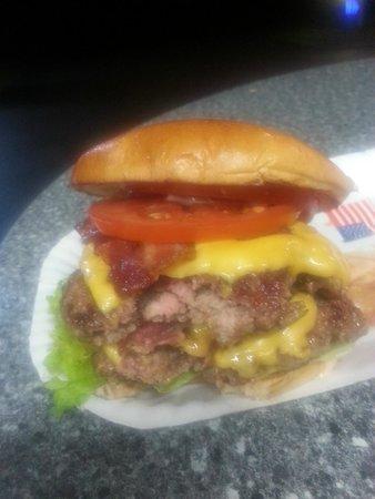 American Burger Bar: mhh