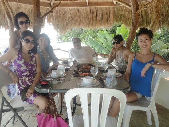 Boracay West Cove : Lunch at West Cove