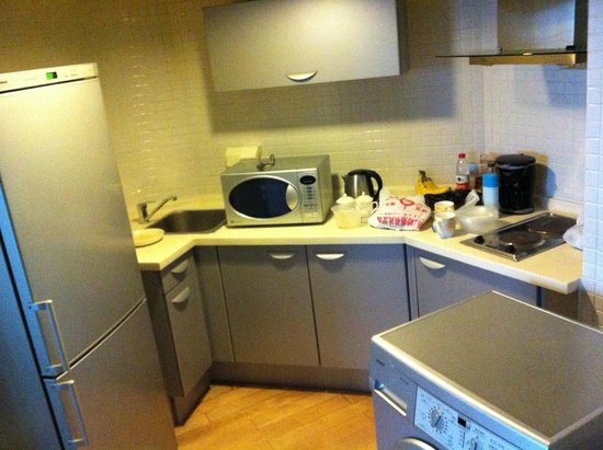 Taiyue Suites Hotel: Room Kitchen