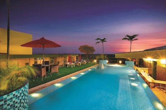 Swimming pool Cochin Legacy