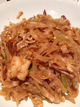 Bang Thai Dee: King prawn pad thai
