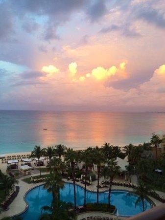 The Ritz-Carlton, Grand Cayman: magical early morning sun