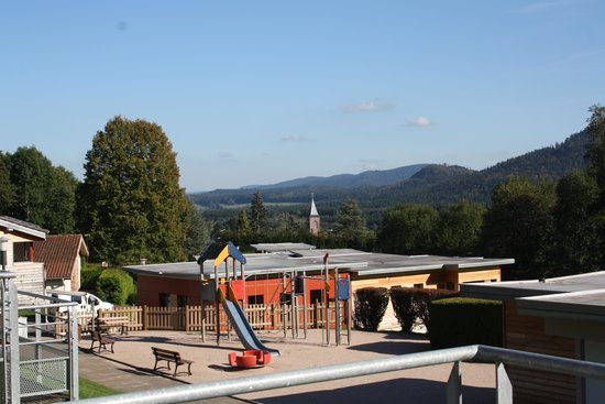 VVF Villages Le Fraisegoutte: air de jeux génial pour les enfants