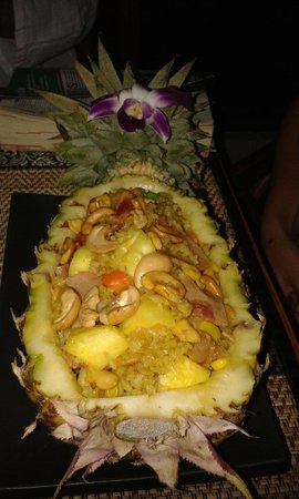 Chalita Cafe & Restaurant: fried rice in pineapple