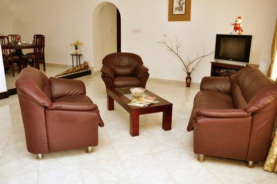 Chami Villa Bentota: Living Room