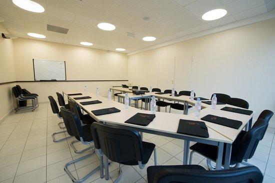 SOFRATEL : Salle de formations / réunions professionnelles