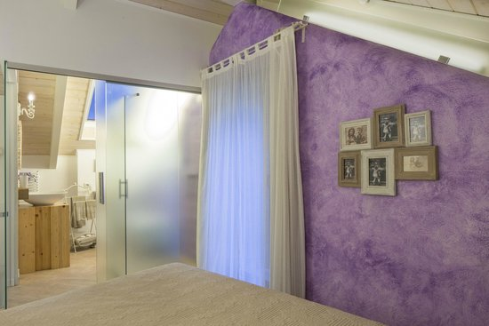SPA: doccia emozionale, doccia finlandese, sauna e bagno turco con cromoterapia - Picture of ...