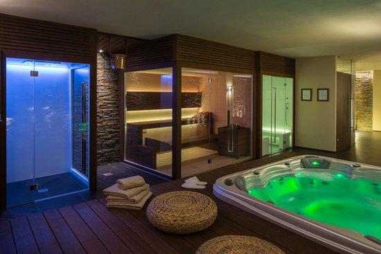 SPA: doccia emozionale, doccia finlandese, sauna e bagno turco con ...