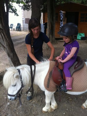 Verzeille, Francia: Saddling up!