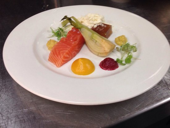 Grand View Hotel: Cured salmon, olive oil powder, pickled fennel.