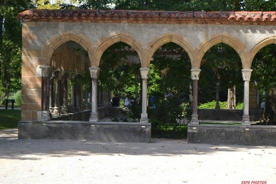 Jardin Massey : vestiges romains