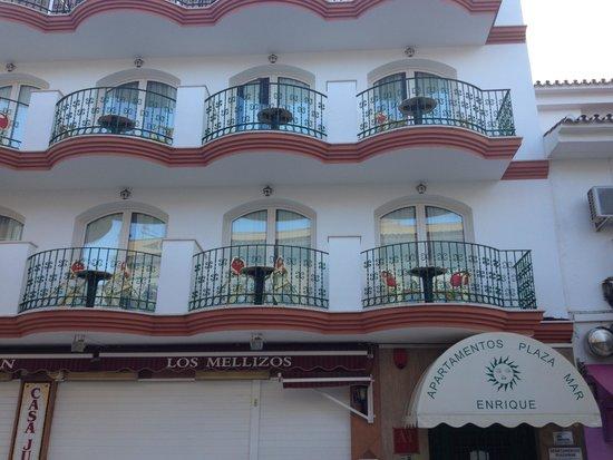Apartamentos Plazamar: apartments from the square