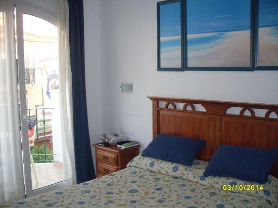 Apartamentos Plazamar: square view room