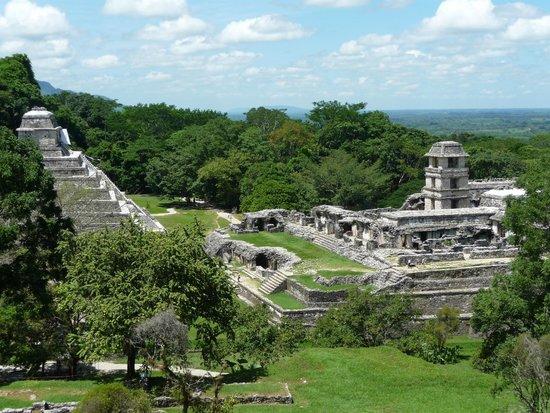 Hotel Xibalba: zona arqueologica