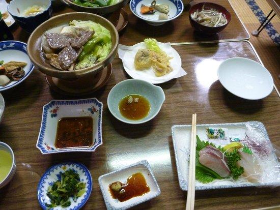 Minshuku Kunimigaoka: 晩ご飯2