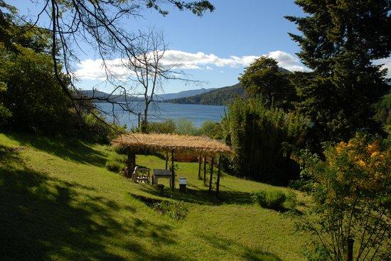 Los Juncos - Lake House: Le jardin de Los Juncos