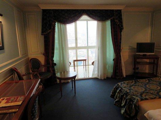 L'Hôtel Colbert Spa & Casino: Zimmer