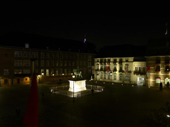 Hotel Am Rathaus: View from room