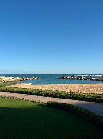 Mediterranean Azur Hotel: Vista mattutina