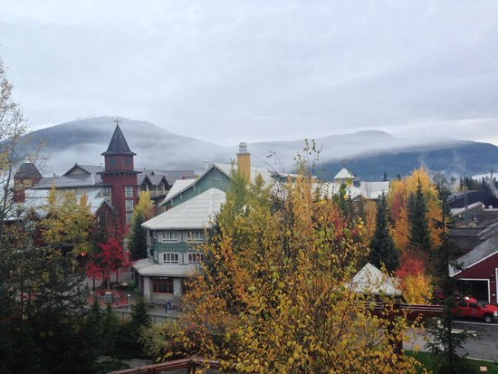 Pan Pacific Whistler Village Centre: View from room